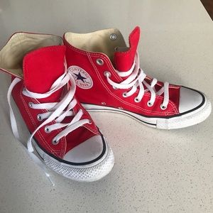 Converse Chuck Taylor Red All star high tops sz 7